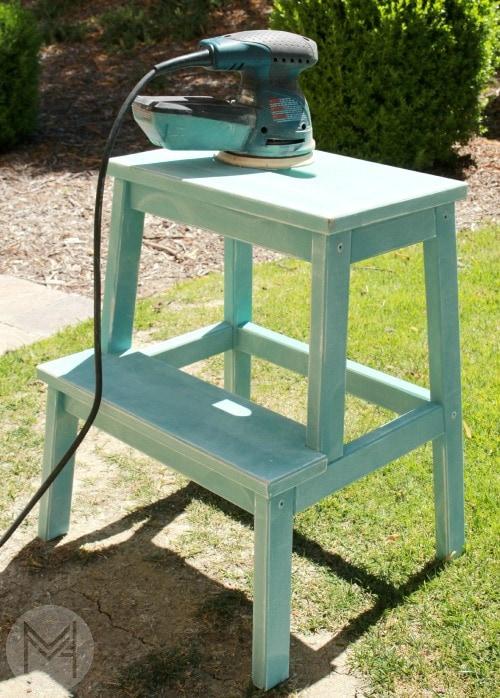 stool2ndcoatsanderedt
